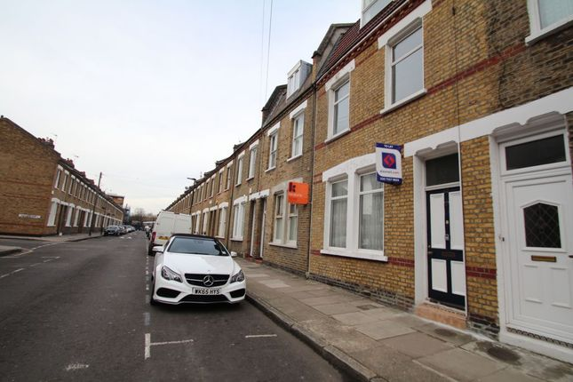 Thumbnail Terraced house to rent in Senrab Street, Limehouse