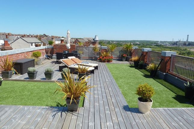 Thumbnail Flat for sale in Dock View Road, Barry
