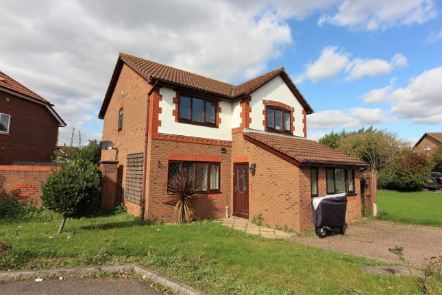 4 bed detached house for sale in Hollingworth Close, West Molesey