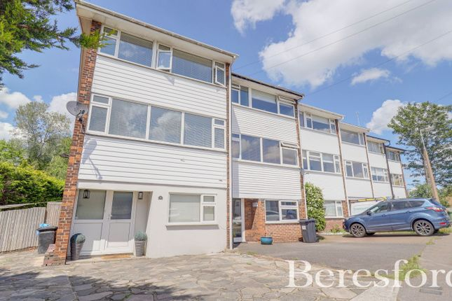 4 bed town house for sale in River Road, Brentwood, Essex CM14