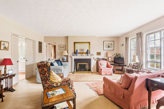 Sitting Room of Barnfield Road, Petersfield GU31