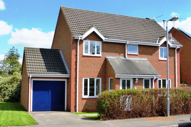 Thumbnail Detached house to rent in Turpin Way, Chippenham