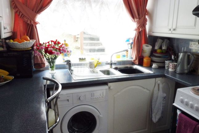 Kitchen of Newman Road, Sheffield S9