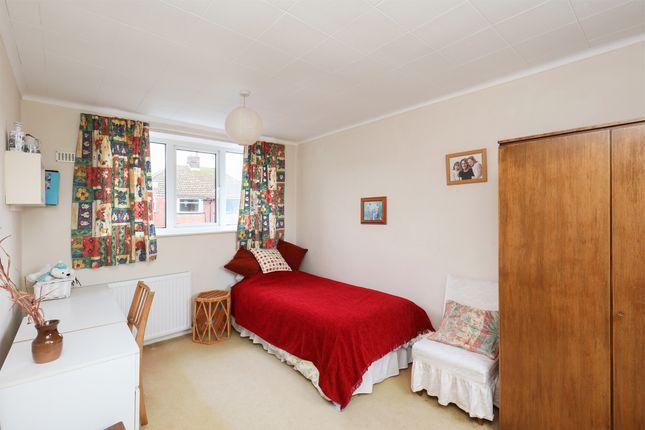 Bedroom 3 of Green Oak Road, Sheffield S17