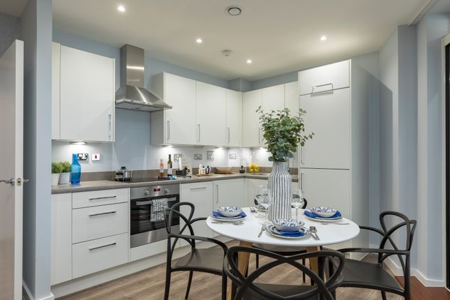1 bedroom flat for sale in Ilford Hill, Ilford