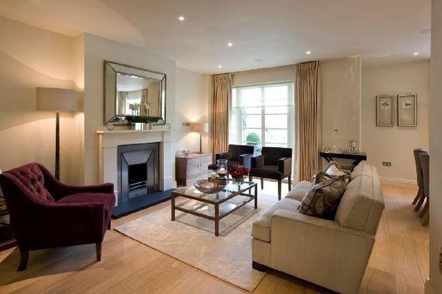 2 bed flat for sale in Kingsley Way, London