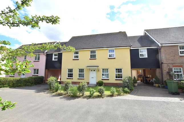Thumbnail Link-detached house for sale in Lie Field Close, Braintree
