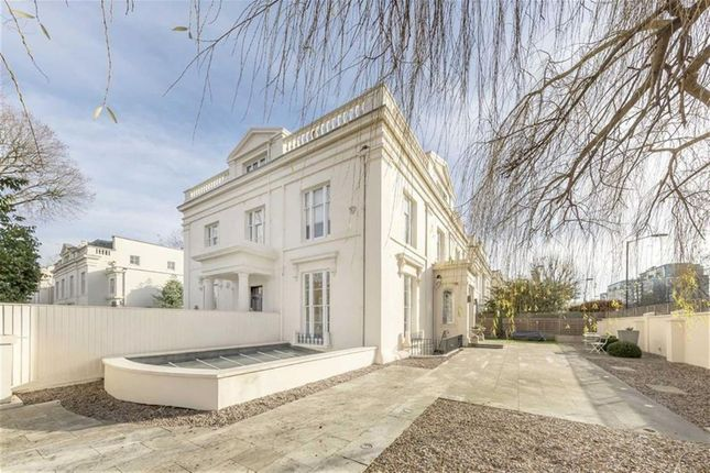 Thumbnail Detached house for sale in Warwick Avenue, London