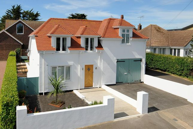 Thumbnail Property for sale in Seacroft Road, Broadstairs