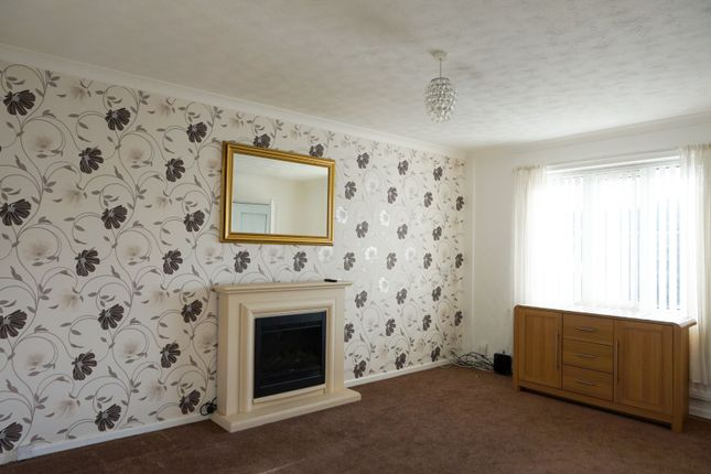 Lounge of Maypool Drive, South Reddish SK5