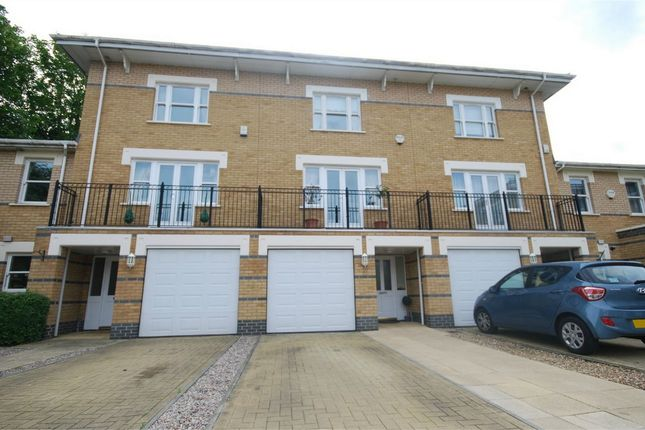 Thumbnail Town house for sale in Drake Mews, Bromley, Kent