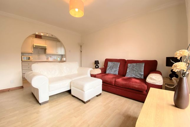 1 bed flat for sale in Kerse Place, Falkirk FK1