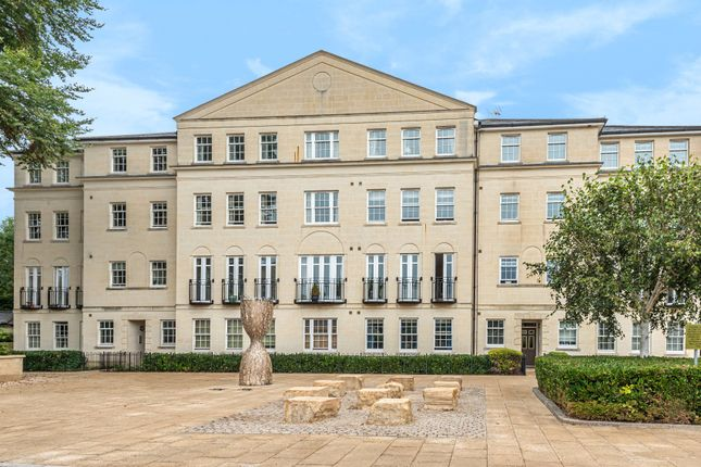 3 bed flat to rent in Horstmann Close, Bath BA1