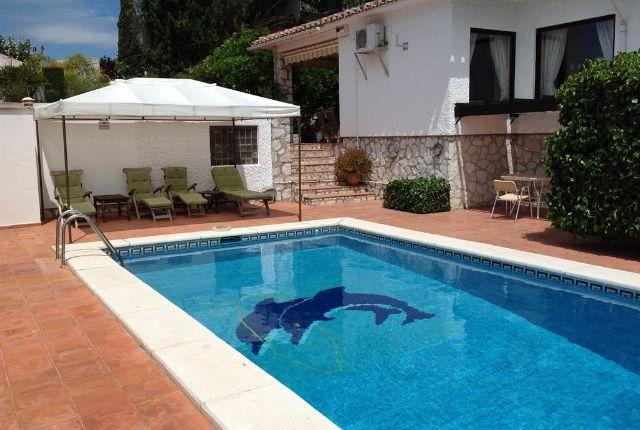 Solarium And Pool
