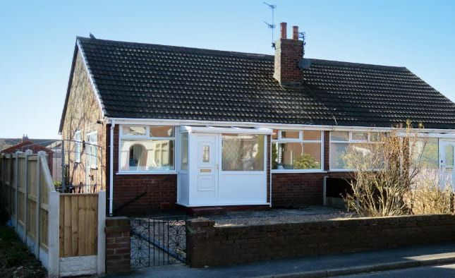 Thumbnail Bungalow to rent in Marsh Road, Thornton-Cleveleys