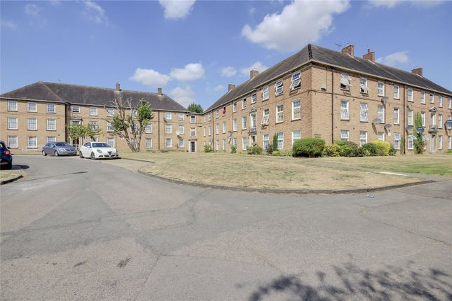 Thumbnail Flat for sale in Manor Court, Enfield