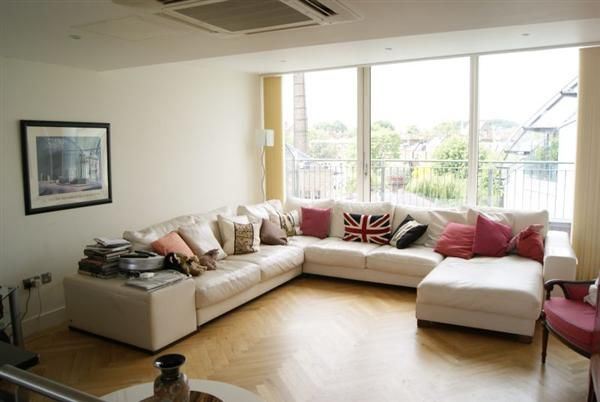 Thumbnail Flat to rent in Crystal Wharf, Graham Street, London