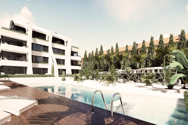 Apartment for sale in Carib Playa, Marbella East, Malaga Marbella East