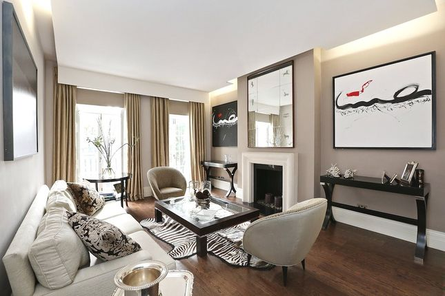 Thumbnail End terrace house for sale in Chester Street, Belgravia, London
