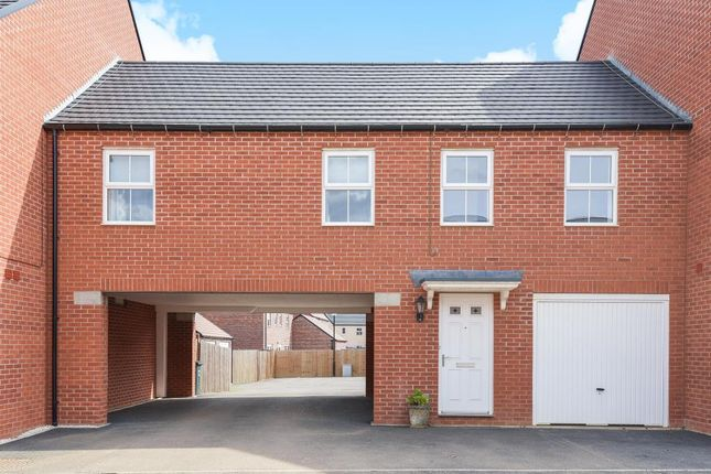 Thumbnail Terraced house for sale in Songthrush Road, Bodicote