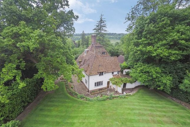 Thumbnail Detached house for sale in Walpole Avenue, Chipstead, Coulsdon