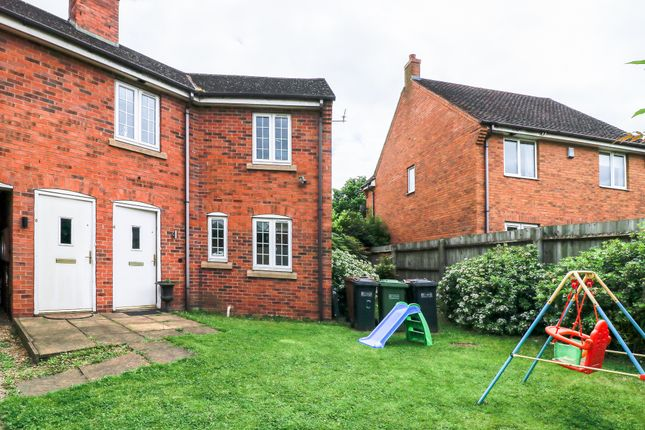 2 bed maisonette for sale in Three Acres Lane, Shirley, Solihull, West Midlands B90