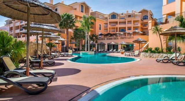 1 bed apartment for sale in Luz, Portugal