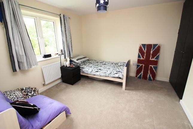 Bedroom of Isles Quarry Road, Borough Green TN15