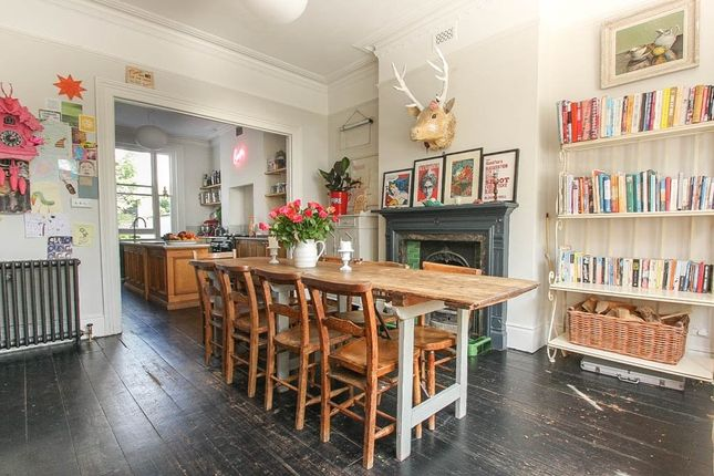 Thumbnail Terraced house to rent in College Terrace, Brighton