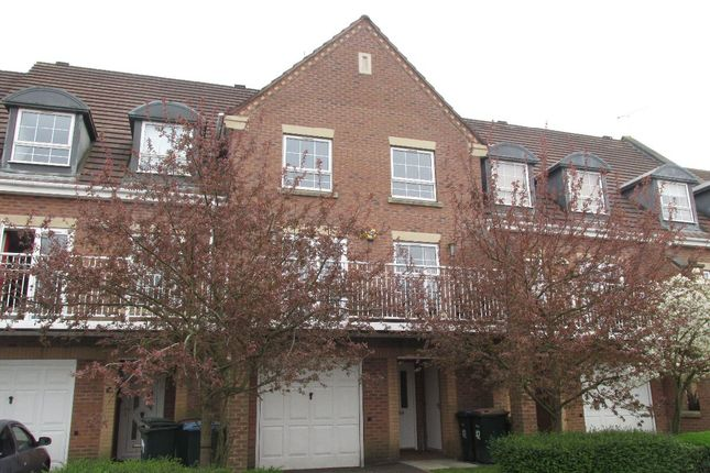 Terraced house to rent in Gillquart Way, Coventry