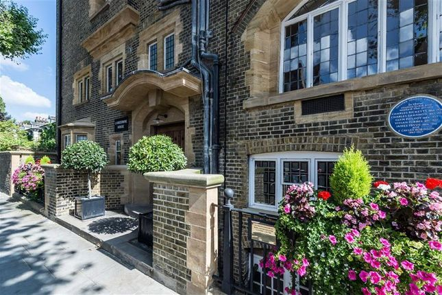 Thumbnail Flat for sale in Lansdowne Road, London