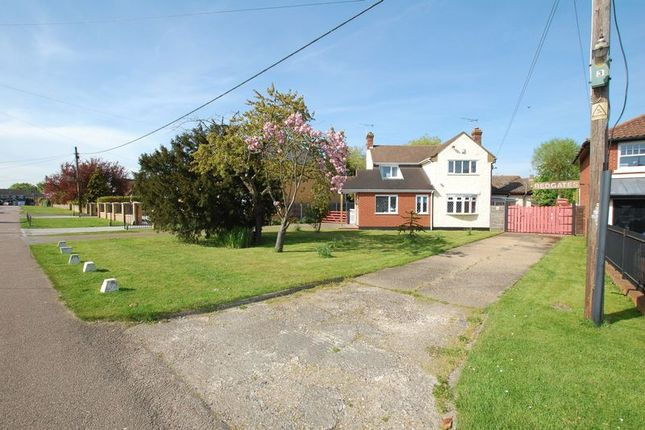 Thumbnail Detached house for sale in Fourth Avenue, Stanford-Le-Hope