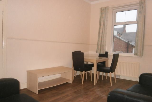 Thumbnail Flat to rent in Rothbury Terrace, Heaton