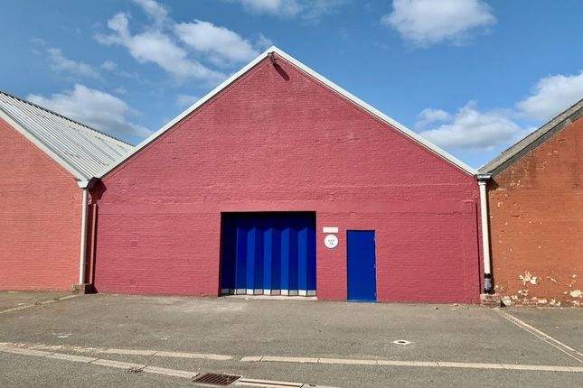 Thumbnail Industrial to let in Unit 14, Tewin Court, Welwyn Garden City, Herts