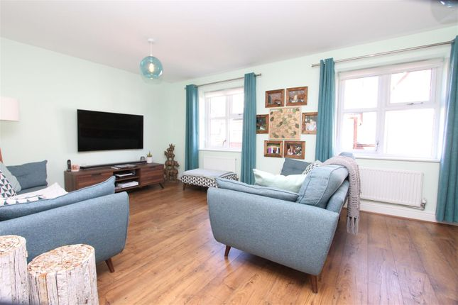 Living Room of Truesdales, Ickenham, Uxbridge UB10