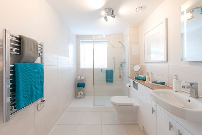 Bathroom of Riverdene Place, Southampton SO18