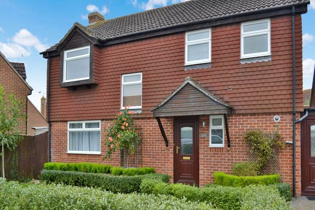 Detached house to rent in Skillman Drive, Thatcham
