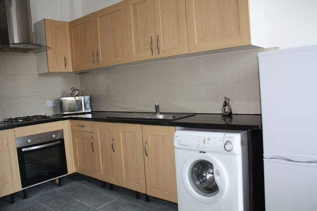 Thumbnail Room to rent in Westgate Road, Newcastle Upon Tyne