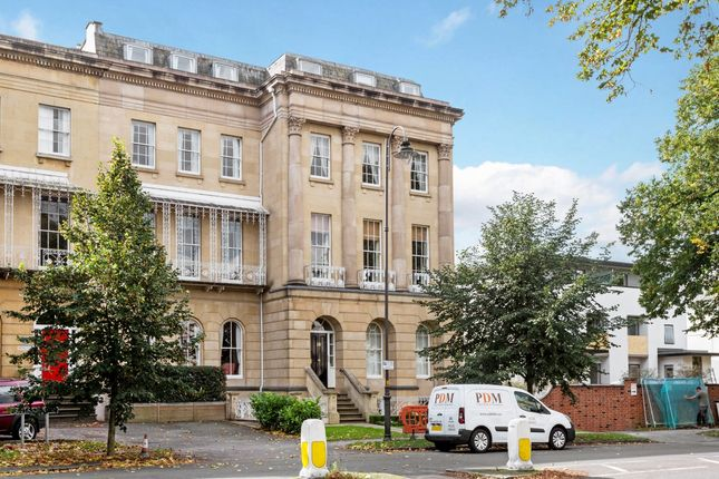 Thumbnail Flat to rent in Queens Parade, Cheltenham