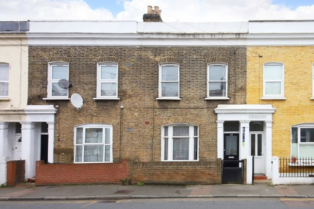 Thumbnail Terraced house to rent in Brookmill Road, London