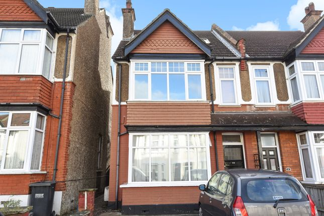 Thumbnail Flat for sale in Florence Road, Sanderstead, South Croydon