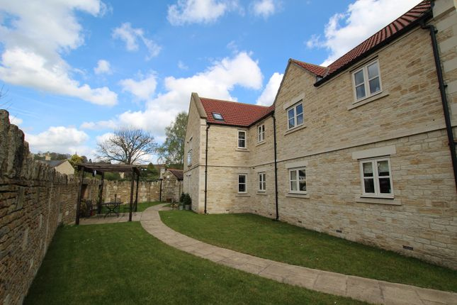Thumbnail Flat to rent in Station Approach, Bradford On Avon
