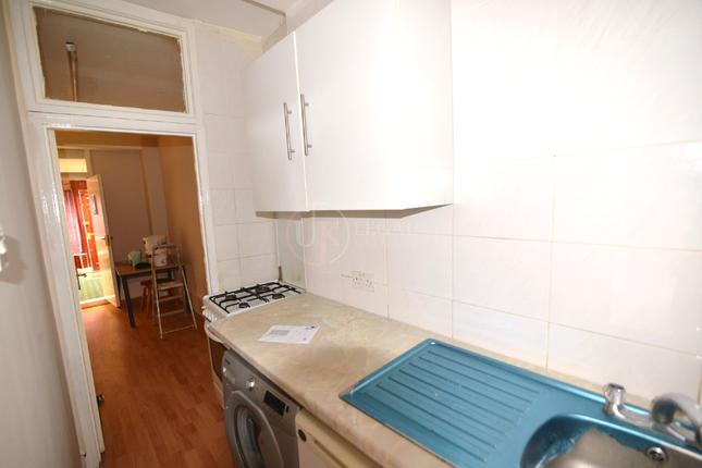 Kitchen of Staniforth Road, Sheffield S9