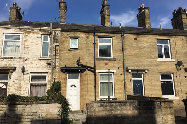 Thumbnail Terraced house to rent in Cambridge Street, Bradford