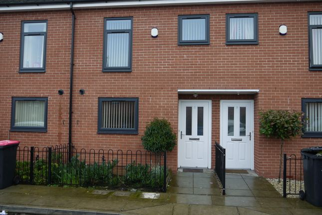 Thumbnail Terraced house to rent in Manchester Road, Swinton, Manchester