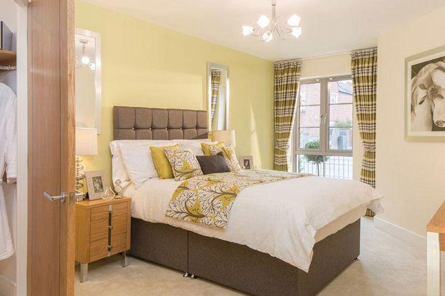 Thumbnail Flat for sale in Bridge Avenue, Maidenhead