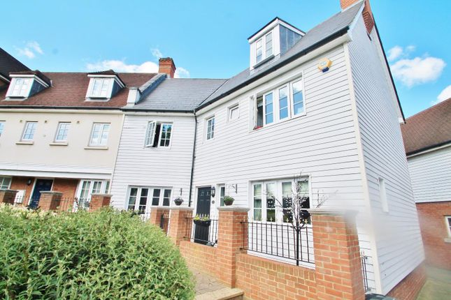 Thumbnail Property for sale in Watermans Way, Greenhithe