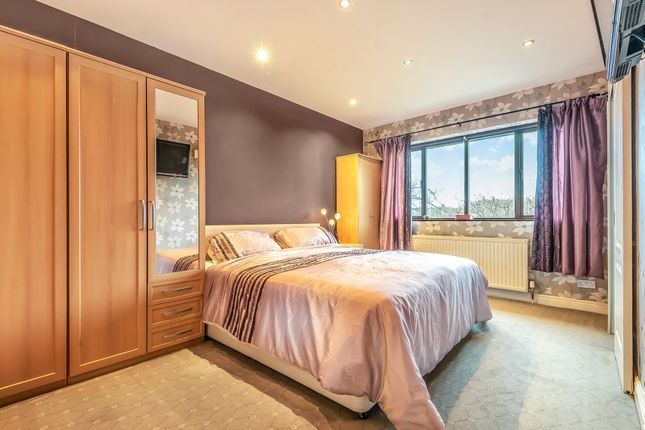 Bedroom (Double) of Nab Lane, Mirfield WF14