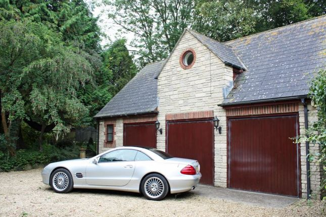 1 bed detached house to rent in Broad Bush, Blunsdon, Swindon
