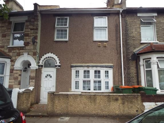 Thumbnail Property for sale in Holme Road, London